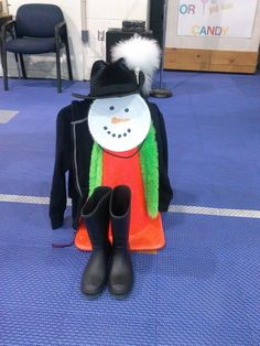 Snowman's Playground is a great winter time indoor PE activity when it's too cold to go outside!!