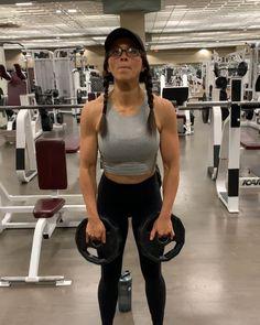 I've tried to upload this like nine times 😹 IG wants to keep y'all from the shoulder gains 👇🏼👇🏼👇🏼 drop set shoulder press- 3 rounds:… Morning Workout Motivation, Skinny Motivation, Fitness Motivation, Fitness Routines, Workout Fitness, Fitness Photos, Fitness Models, Sarah Bowmar, Back And Shoulder Workout