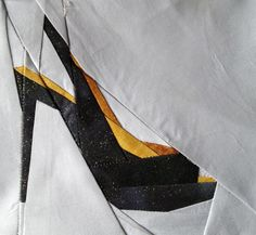 Peep toe paper pieced pattern. This looks like something Amy would like.