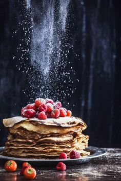 Glutenfree and dairyfree pancakes food photography, art, foodstyling, healthy li. - The sweet portfolio - Dessert Think Food, Love Food, Great Food, Perfect Food, Mini Desserts, Dessert Recipes, Dessert Food, Plated Desserts, Dark Food Photography
