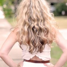 Get BIG SJP Curly Hair without heat... video tutorial.