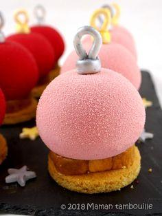 Boules de Noël framboise litchi Maman Tambouille !