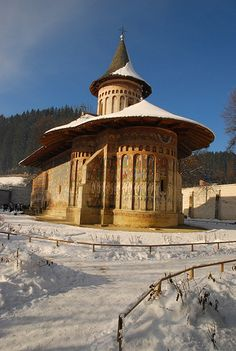 Voronet monastery in the winter, Romania www. Sistine Chapel, Church Architecture, World Religions, Chapelle, Place Of Worship, Eastern Europe, Historical Sites, World Heritage Sites, Beautiful Places