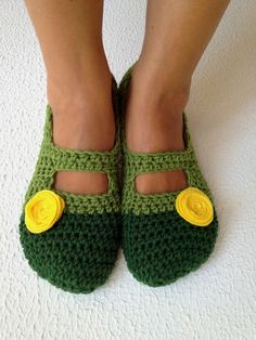 Crochet Womens Slippers Ballet Flats House Shoes ♥ by cookieletta, $25.00
