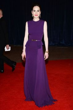 Lady Mary--er--Michelle Dockery in Elie Saab at the White House Correspondents Dinner