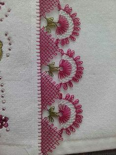 This Pin was discovered by HUZ Knitting Blogs, Baby Knitting Patterns, Crochet Patterns, Needle Tatting, Needle Lace, Crochet Unique, Hand Embroidery Patterns Flowers, Lace Making, Filet Crochet