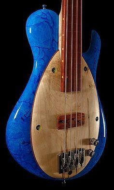 Malinoski Rodeo Bass - blue body