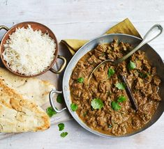 This slow-cooked beef curry is easy to make and perfect for feeding the family – add chunks of potato for an extra hearty dish. Serve with rice and naan bread Slow Cooker Beef Curry, Slow Cooker Barbacoa, Slow Cooker Thai Chicken, Slow Cooked Beef, Slow Cooker Recipes, Beef Recipes, Cooking Recipes, Slow Cooking, Slow Food