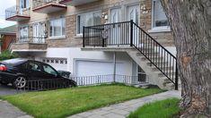 Reconstruction de balcon de béton Deck, Construction, Mansions, House Styles, Outdoor Decor, Home Decor, Building, Decoration Home, Room Decor