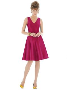 Alfred Sung Style D662 http://www.dessy.com/dresses/bridesmaid/d662/