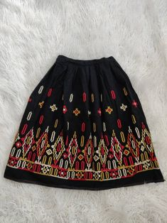late 70s does 50s winter skirt size sm made in Italy