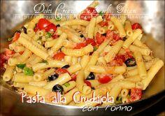 """Pasta Fredda alla Crudaiola con Tonno un piatto fresco e leggero, colorato e saporito, La pasta è condita con un sugo """"a freddo"""" che non richiede cottura..."""