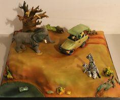 On safari! - by Happyhills Cakes