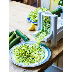 The Hemsley spiralizer is an insanely useful kitchen gadget. Its claim to fame is effortlessly turning fresh veggies into delicious noodles.