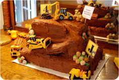 Amazing cake for a construction themed birthday party! Daniel would freak out, i think this is going to be his theme!