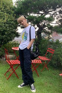 Mark Lee, Nct 127 Mark, Lee Min Hyung, Nct Life, Kpop, My Guy, Belle Photo, Boyfriend Material, Moda Masculina