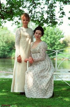 Samantha Morton (Harriet Smith) & Kate Beckinsale (Emma Woodhouse) - Emma directed by Diarmuid Lawrence (TV Movie, 1996) #janeausten