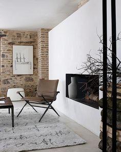 Armchair: BEVERLY - Collection: B Italia - Design: Antonio Citterio