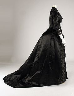 Stunning Gown! Dress, 1887,American, silk, Label: White Howard & Co., 25 W. 16th St., New York.
