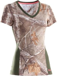 The Under Armour Charged Cotton Camo Short-Sleeve Tee is made of natural cotton fibers that have been engineered to dry five times faster than conventional cotton, while still delivering the soft, comfortable feel you demand.  Center Back Length: Sizes:  S-2XL.  Camo pattern/color:  Realtree XTRA®/Rifle Green.