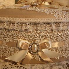 ( reserve )  boite coffret style shabby chic en soie dentelles perles et strass
