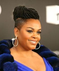 Jill Scott shaved sides two-strand twist top. (If only i was brave enough to shave all the way around.) Jill Scott shaved sides two-strand twist top. Shaved Side Hairstyles, Twist Braid Hairstyles, Twist Braids, African Hairstyles, Goth Hairstyles, Side Braids, Tapered Hairstyles, Woman Hairstyles, Hairstyles 2016