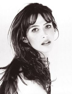 "Sophie Marceau, AKA Princess Isabella of Wales. (*cue French accent*) ""He waits for you at York, if you are man enough to face him."""