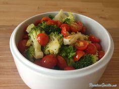 Aprende a preparar ensalada de brócoli y tomate con esta rica y fácil receta. La ensalada de brócoli y tomate es una receta vegetariana que nos aporta muchas...