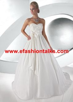 Style 52022 » Limited Edition » Wedding Gowns » DaVinci Bridal » Available Colours : Ivory, White