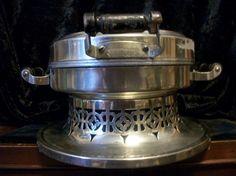Waffle Iron by Universal Cat Basket, Vintage Dishware, New Britain, Jim Beam, Waffle Iron, Kitchen Aid Mixer, Waffles, Filigree, Cord