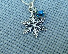 Sterling silver snowflake necklace nature by DesignedByMarilyn Antique Jewellery Designs, Antique Jewelry, Jewelry Design, Crystal Necklace, Necklace Box, Necklaces, Dainty Necklace, Cute Jewelry, Jewelry Accessories