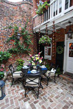 Budget Patio, Patio Diy, Small Backyard Patio, Backyard Fences, Backyard Patio Designs, Outdoor Rooms, Outdoor Walls, Outdoor Decor, Facade Design