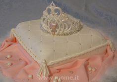 Tiara on pillow cake | Flickr - Photo Sharing!