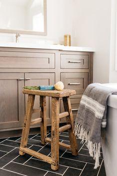 Devonshire project take ii – greige design Small Bathroom, Master Bathroom, Bathroom Ideas, Modern Bathroom, Bathroom Black, Bathroom Floor Tiles, Wood Bathroom, Craftsman Bathroom, Tile Grout