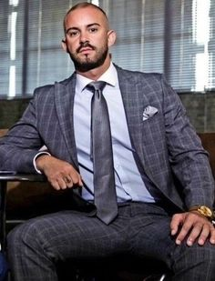 Business Shirts, Business Outfits, Business Fashion, Business Style, Sharp Dressed Man, Well Dressed Men, Costume Prince, Hot Suit, Tight Suit