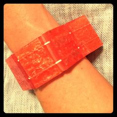 Coral Chunky Square Bracelet Fun Coral chunky bracelet! Easy to wear with the elastic stretch. Fun addition to any outfit! Jewelry Bracelets