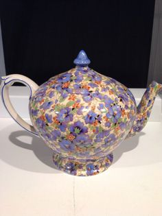 Chintz teapot Chocolate Pots, Chocolate Coffee, Vintage Coffee, Vintage Tea, Antique China, Vintage China, Tea Cup Saucer, Tea Cups, Silver Teapot