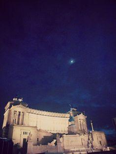 Altare della Patria e Luna