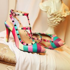 Pantofi Curcubeu :)