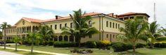 Las nuevas inversiones en el Polo Turístico cubano en el Balneario de Santa Lucia —piscina natural de Cuba— prevé la culminación de un hotel de cinco estrellas, informó a la prensa Julio del Toro, delegado del grupo Cubanacán en esta provincia