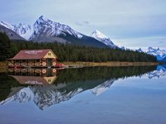 Take a virtual trek through the Canadian Rockies with professional photographer Dax Justin.