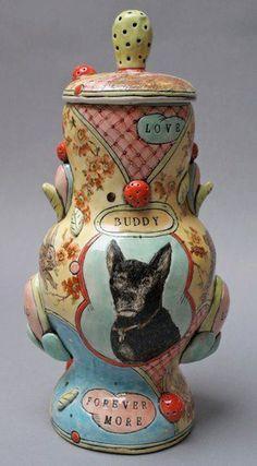 Ceramic Boxes, Ceramic Clay, Ceramic Pottery, Contemporary Ceramics, Modern Ceramics, Sculpture Art, Sculptures, Porcelain Jewelry, Fine Porcelain