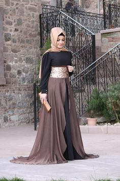 "Here are the new party wear abaya designs with hijab styles. Choose your favorite formal party wear abaya and also watch a video on ""easy party hijab tutorial"" Hijab Abaya, Hijab Dress, Dress Up, Hijab Wear, Islamic Fashion, Muslim Fashion, Modest Fashion, Abaya Mode, Hijab Mode"