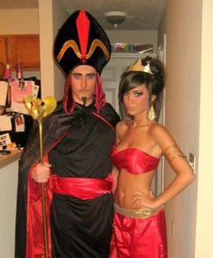 Set major this Halloween with the best DIY Couples Halloween Costumes. Try these Easy DIY Halloween Costumes for Couples with your partner. Best Diy Halloween Costumes, Cute Costumes, Disney Costumes, Halloween Cosplay, Woman Costumes, Mermaid Costumes, Pirate Costumes, Group Costumes, Adult Costumes