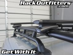 Thule 810 SUP Taxi Paddleboard Carrier Adapted for AeroBlade T-Slot Mounting Fj Cruiser Mods, Toyota Fj Cruiser, Toyota Trd Pro, Roof Rack, Paddle Boarding, Taxi, Slot, Ideas