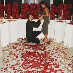 20 Most Romantic Wedding Marriage Proposal Ideas Romantic Surprise, Romantic Proposal, Proposal Photos, Perfect Proposal, Most Romantic, Proposal Ideas, Romantic Evening, Romantic Ideas, Romantic Gifts