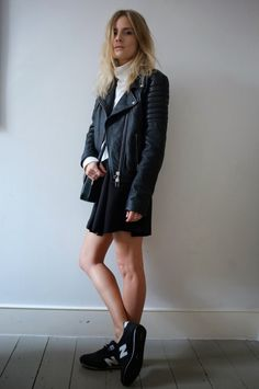 Petite fashion bloggers :: Fashion Me Now :: Leather Forever