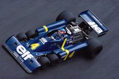 Aller guten Dinge sind sechs. Der Tyrrell P34 von 1976 verfügte neben zwei...