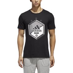 Nike Mens Shirts, Mens Tees, Adidas Sportswear, Adidas Men, Mens Attire, Clothing Size Chart, Mens Activewear, Sport T Shirt, Hooded Sweatshirts