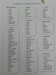 Lista di cose utili da portare in vacanza. Packing list. Stampabile. Divisa in categorie. Per preparare la valigia senza dimenticare più niente !